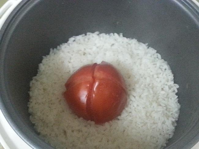 整顆番茄飯 (2).jpg