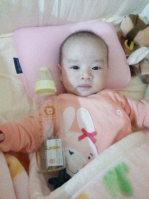 小獅王辛巴超輕鑽奶瓶 (21).jpg