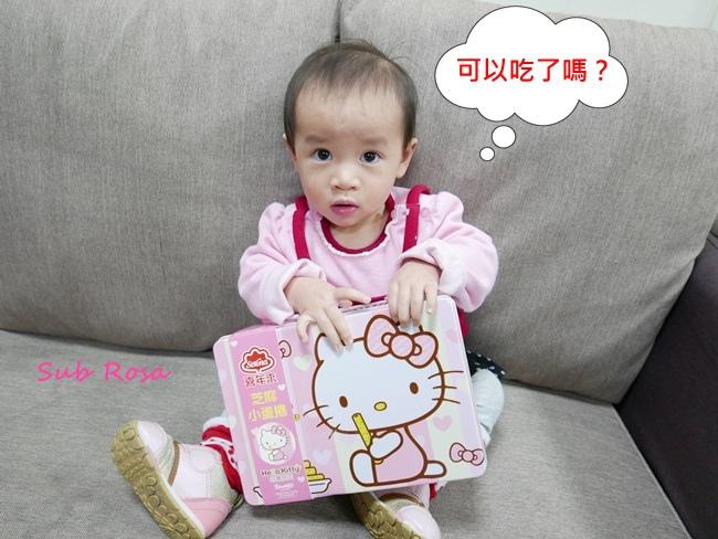Hello Kittty芝麻小蛋捲禮盒 (3).JPG