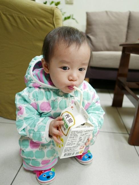 光泉無加糖鮮豆漿 (3).JPG