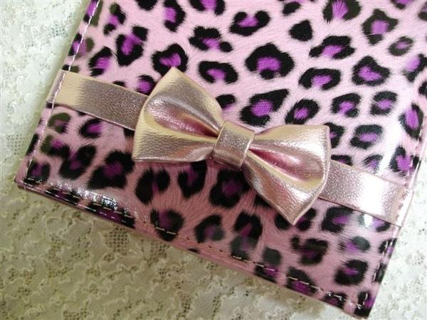 粉紅豹紋+蝴蝶結,好可愛!