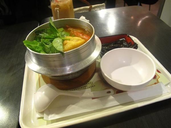 番茄鍋好吃!