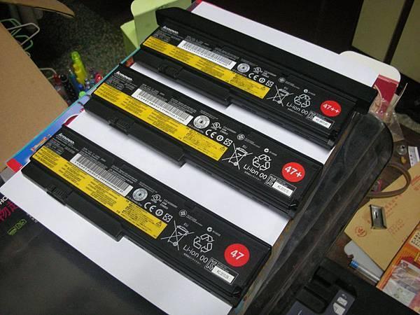 ThinkPad X201 電池家族.jpg