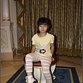 我女兒試玻璃鞋