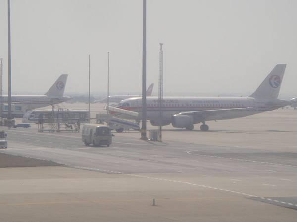 到上海浦東國際機場了