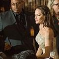 在Hollywood巧遇到安潔麗娜裘莉在宣傳新片