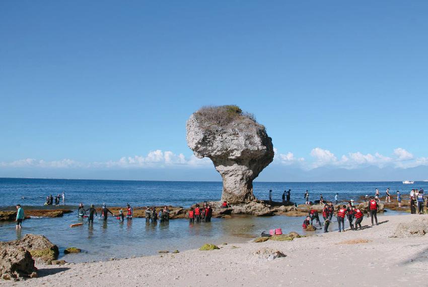 小琉球花瓶 岩 白色沙灘021.jpg