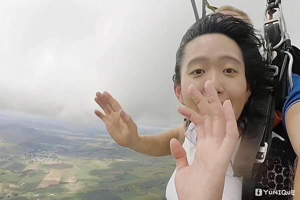 skydive04.jpg