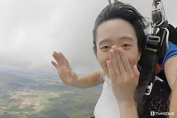 skydive05.jpg