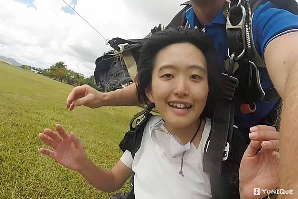 skydive21.jpg