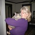 06/17/2008 英文老師Lori的姊姊和大肥貓Peach Blossom(桃花?!)