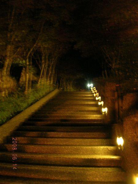 30太平山莊-好漢坡夜色