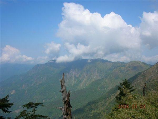 65山和雲.JPG