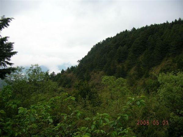 07登山口山景.JPG