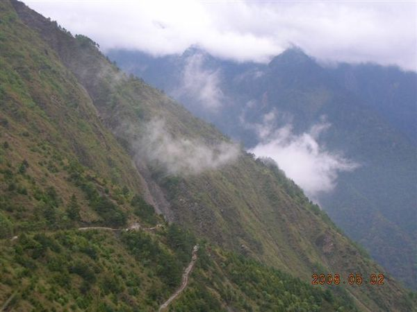 08登山口山景.JPG