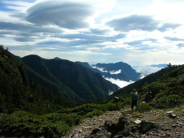 087山與雲.JPG