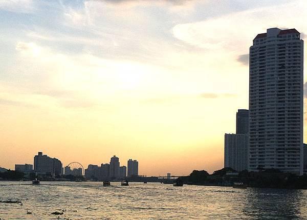 碼頭Asiatique遠景