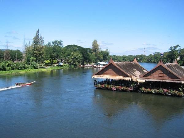 桂河上快船