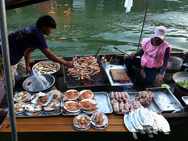 臨河烤海鮮小船