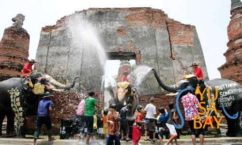 Songkran-Ayutthaya01-500x300