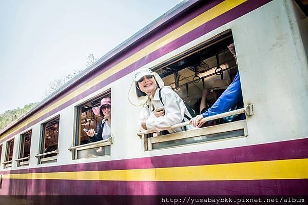 桂河火車搭乘_2 拷貝