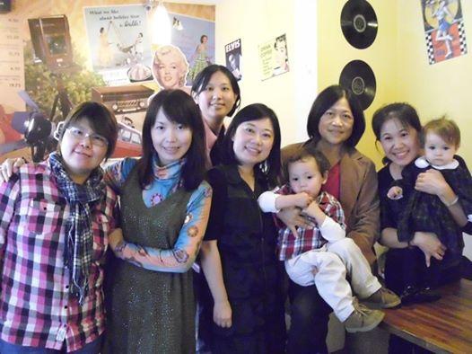 20120120 女性影人在台中聚會.jpg