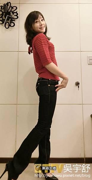 牛仔褲(深小喇叭) (1).JPG