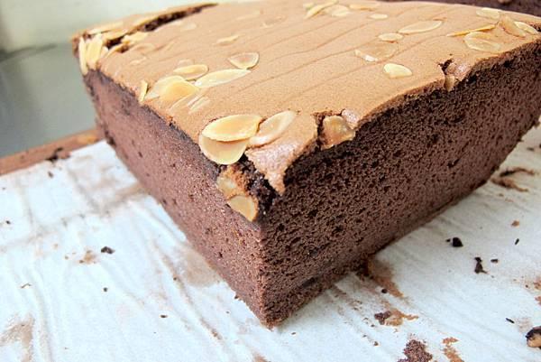 呀米yummy 古早味現烤蛋糕-巧克力現烤古早味蛋糕2-a