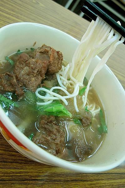 津禾麵食館-排骨麵-a
