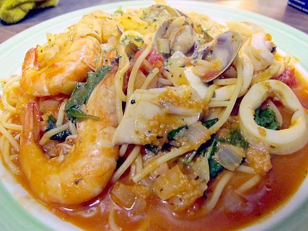 巷子美食館-番茄海鮮麵-a