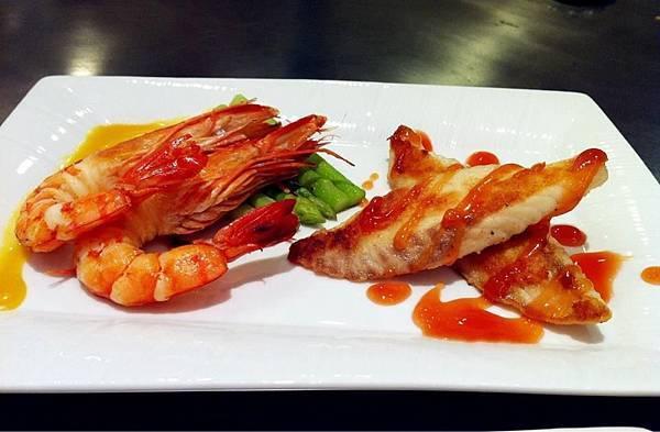 軒妮士鐵板燒-蘆筍鮮蝦