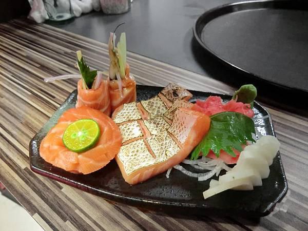 新鮮生魚片