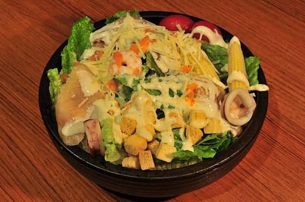 蹺蹺板小屋-綜合海鮮沙拉