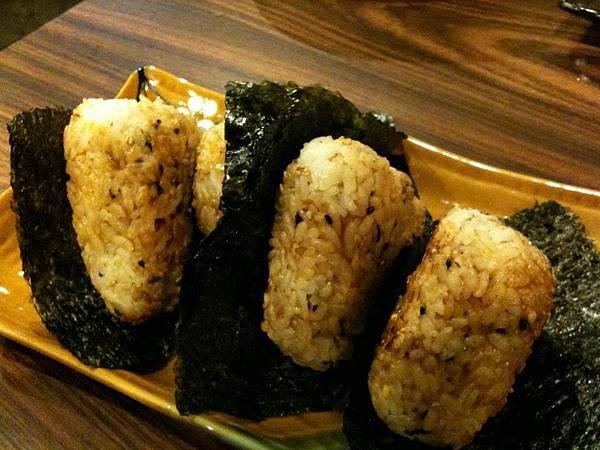 狩の居食屋-鮭魚烤飯團