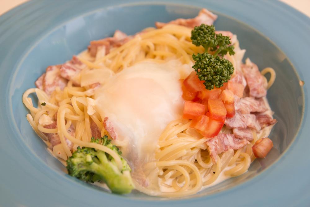 卡布那拉培根義大利麵襯低溫舒肥水波蛋1