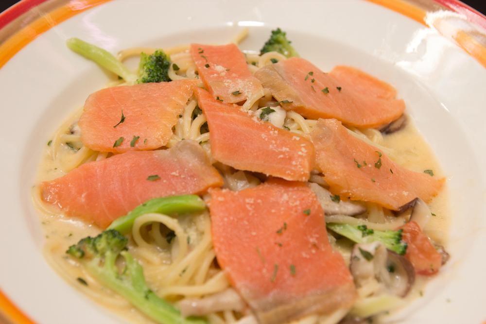 挪威燻鮭魚義大利麵2