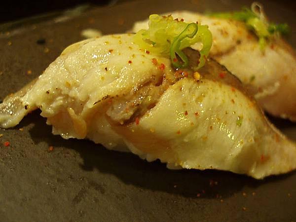 醃漬鯖魚握壽司
