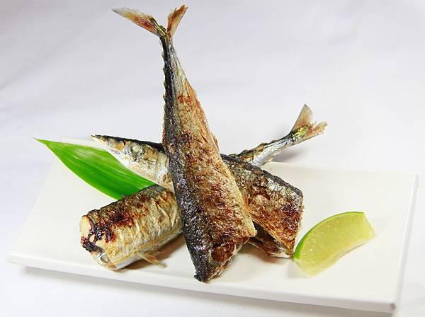 樂味鮮 - 烤秋刀魚
