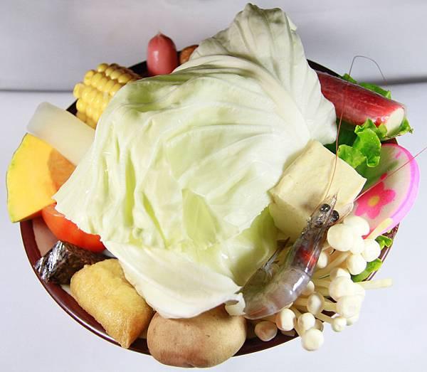 鼎鱻燒肉火鍋 - 綜合菜盤