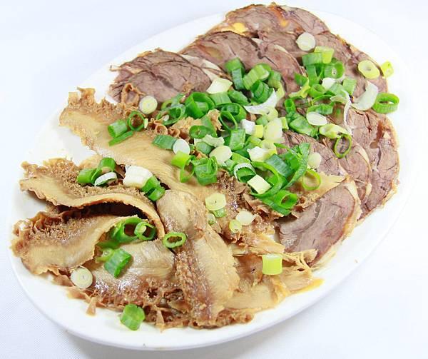 小伍牛肉麵-牛腱牛肚切盤