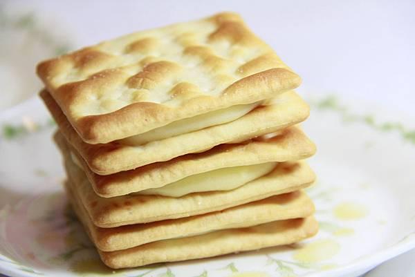 艾瑪手作烘焙工坊-牛奶牛軋餅乾