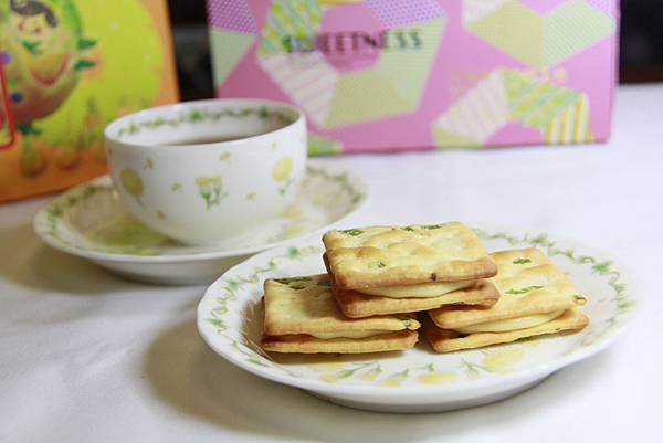 艾瑪手作烘焙工坊-牛奶蔥軋餅乾