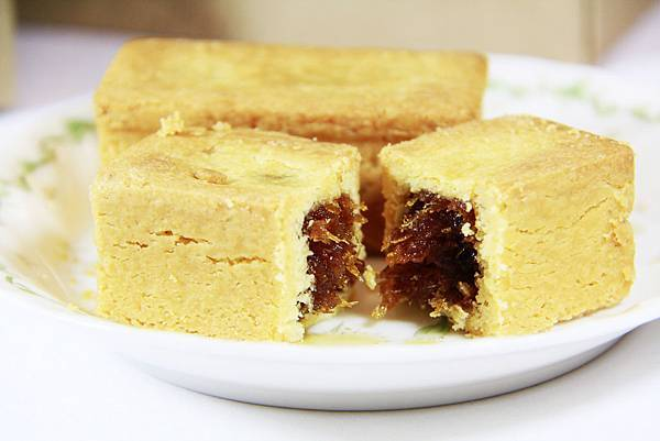 艾瑪手作烘焙工坊核桃土鳳梨酥-