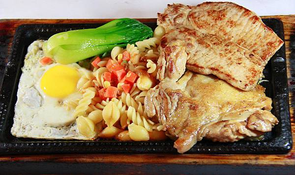 爵品牛排-豬雞排