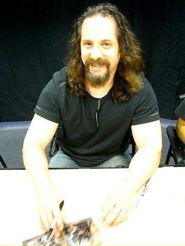 (36)John Petrucci4.jpg
