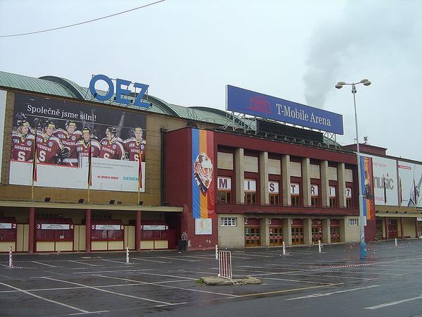 Praha T-Mobile Arena.JPG