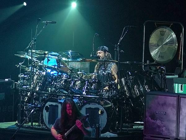Mike Portnoy live in Prague.jpg