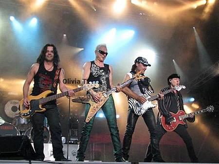 Scorpions Live.jpg