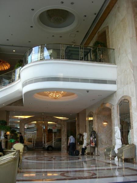 044飯店大廳.JPG