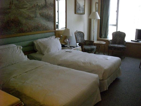 052飯店房間.JPG